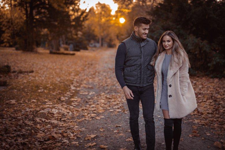 Herbst Fotoshooting mit Paar in Witten